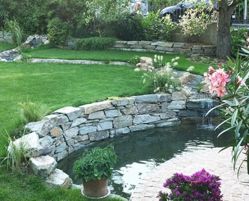 Wasser als beruhigendes Element im Garten